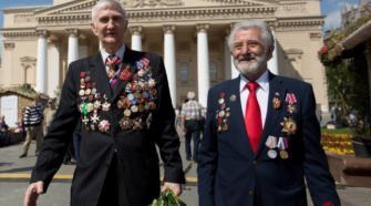 Les anciens cadres de l'armée